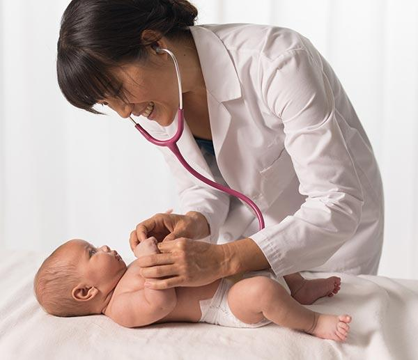 Pediatrician with Evivo baby